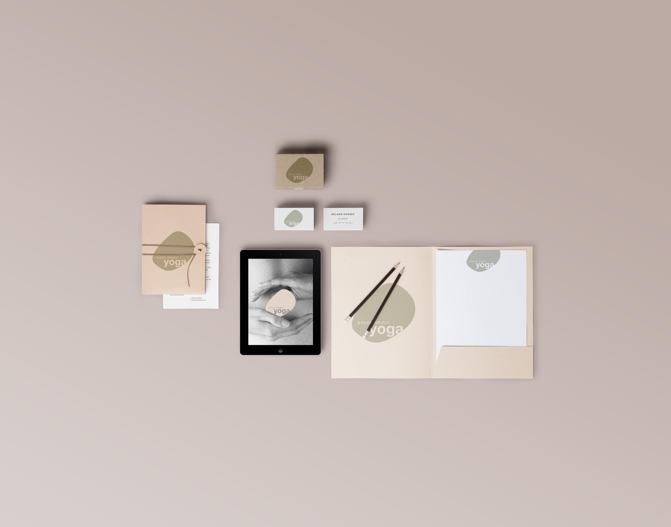 NikolasWrobel-Brand_Identity